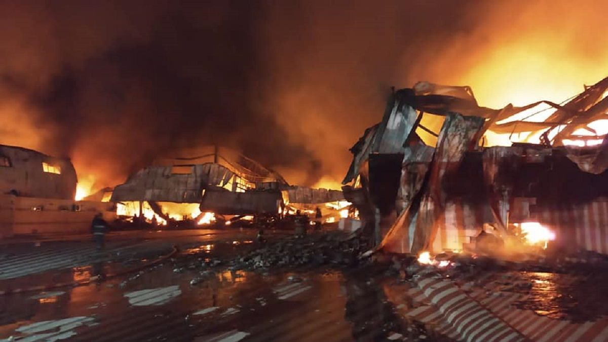 Enorme incendio en Quilmes destruyó varias fábricas