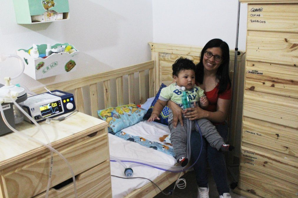 La lucha de un bebé de Monte Grande que tiene una enfermedad que solo padecen 300 en el mundo