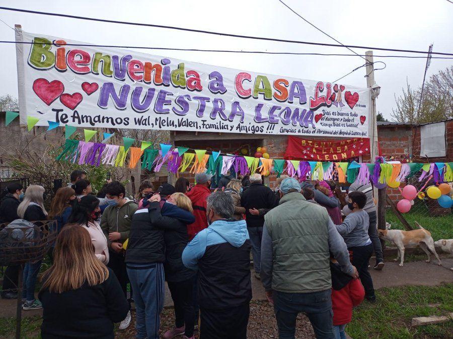 La emoción por recibir a Ángela en el barrio San Martín de San Vicente.