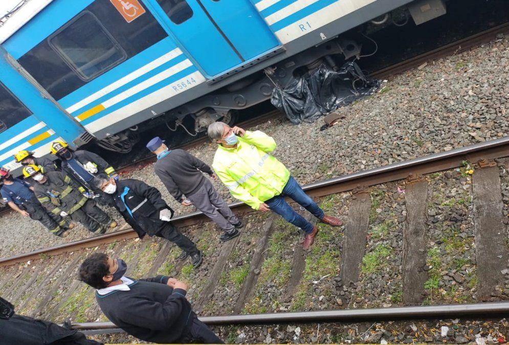 Imagen posterior al suicidio de la mujer en la estación Lanús. El comienzo de la doble tragedia.