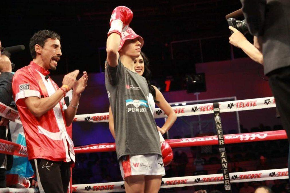 De una sociedad de fomento de Lanús a pelear por el título mundial: una promesa del boxeo argentino