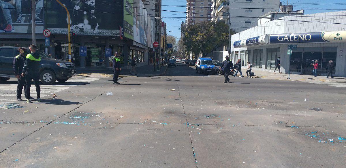 La Policía Bonaerense de Lomas de Zamora levantó el corte de Hipóllito Yrigoyen.