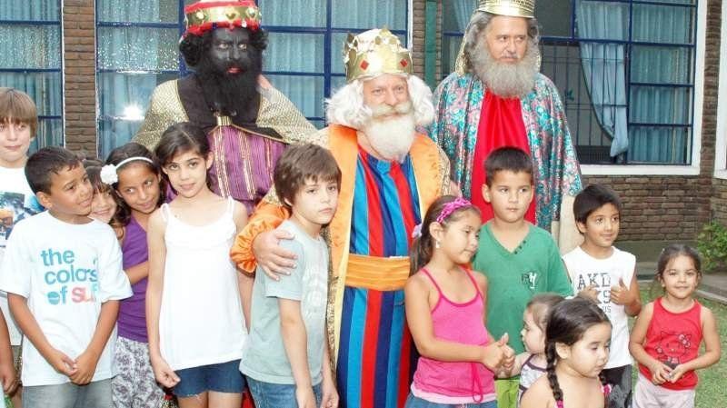 Los Reyes Magos llegan a Lomas con un show imponente