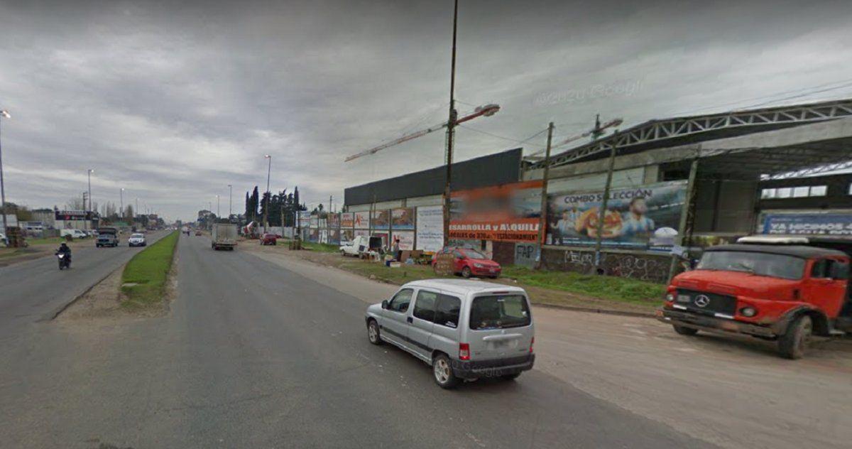 Un policía terminó herido en un intento de robo sobre Camino de Cintura.