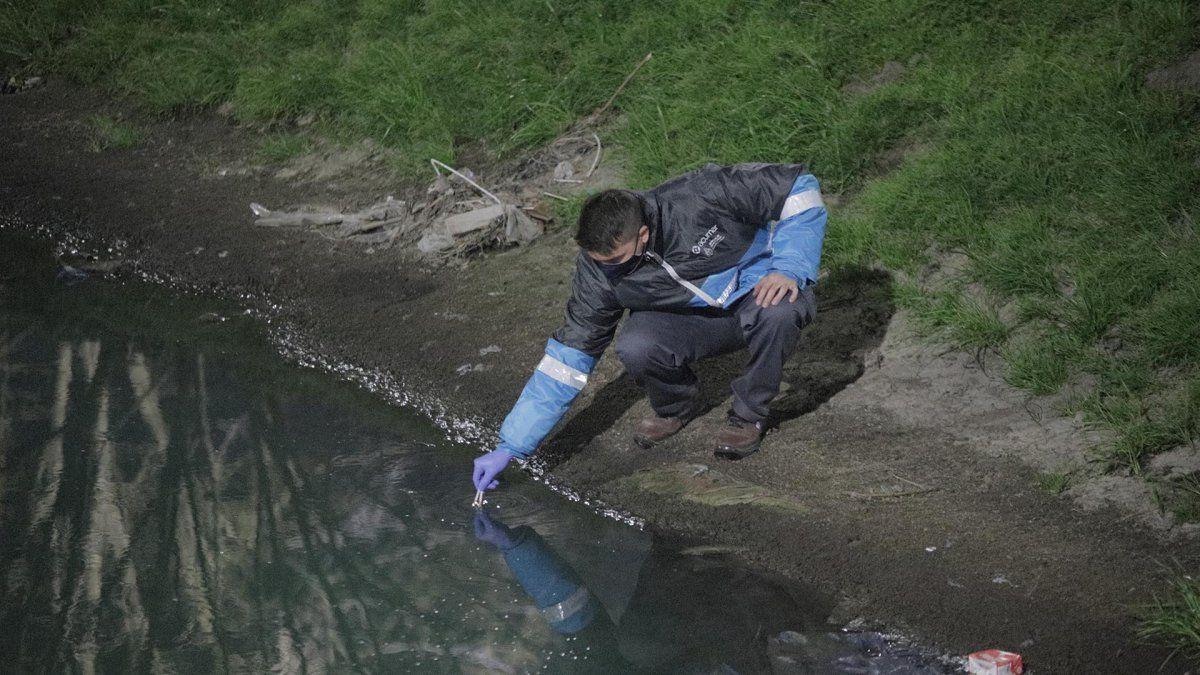 Clausuraron a una empresa de Burzaco por contaminación en el Arroyo del Rey