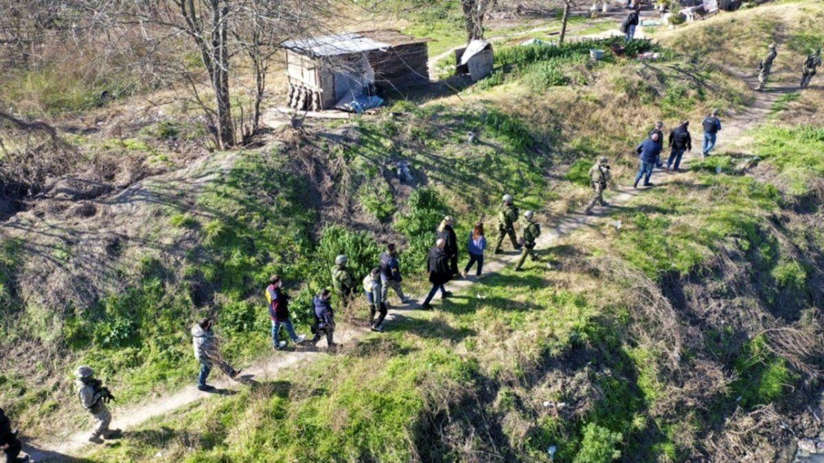 Cruzaban droga con una tirolesa entre Ezeiza y La Matanza