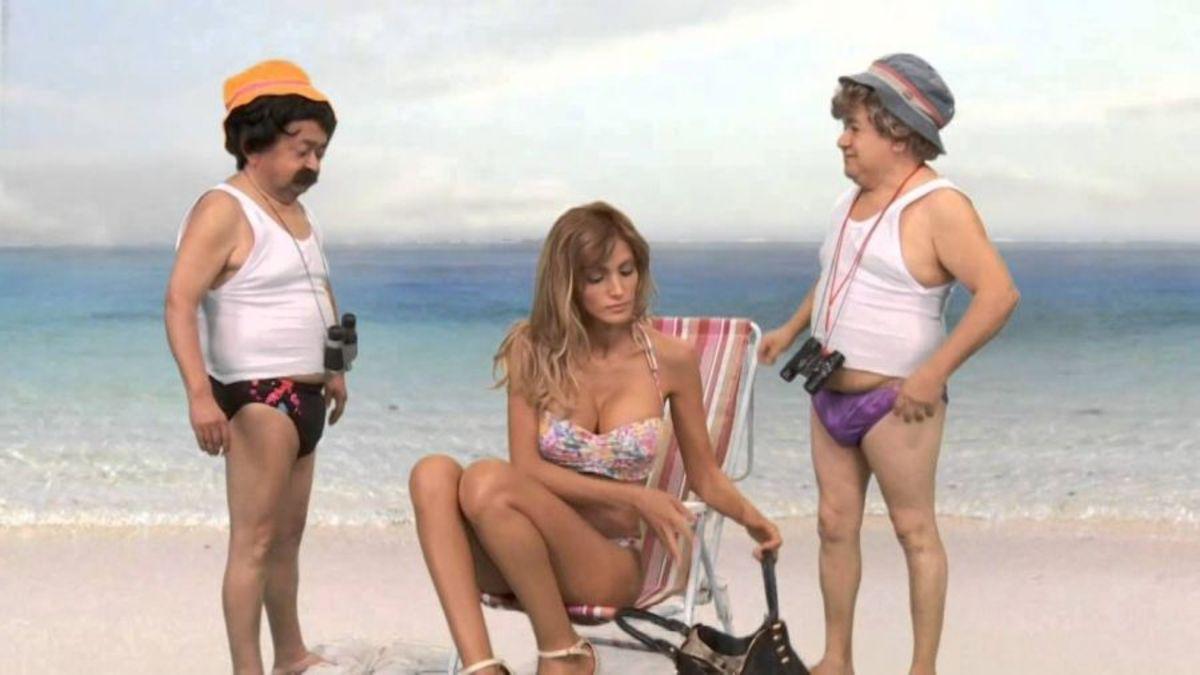 La modelo y actriz Sofía Pacchi, quien visitó a Alberto Fernández en la Quinta de Olivos, actuando en un sketch humorístico de