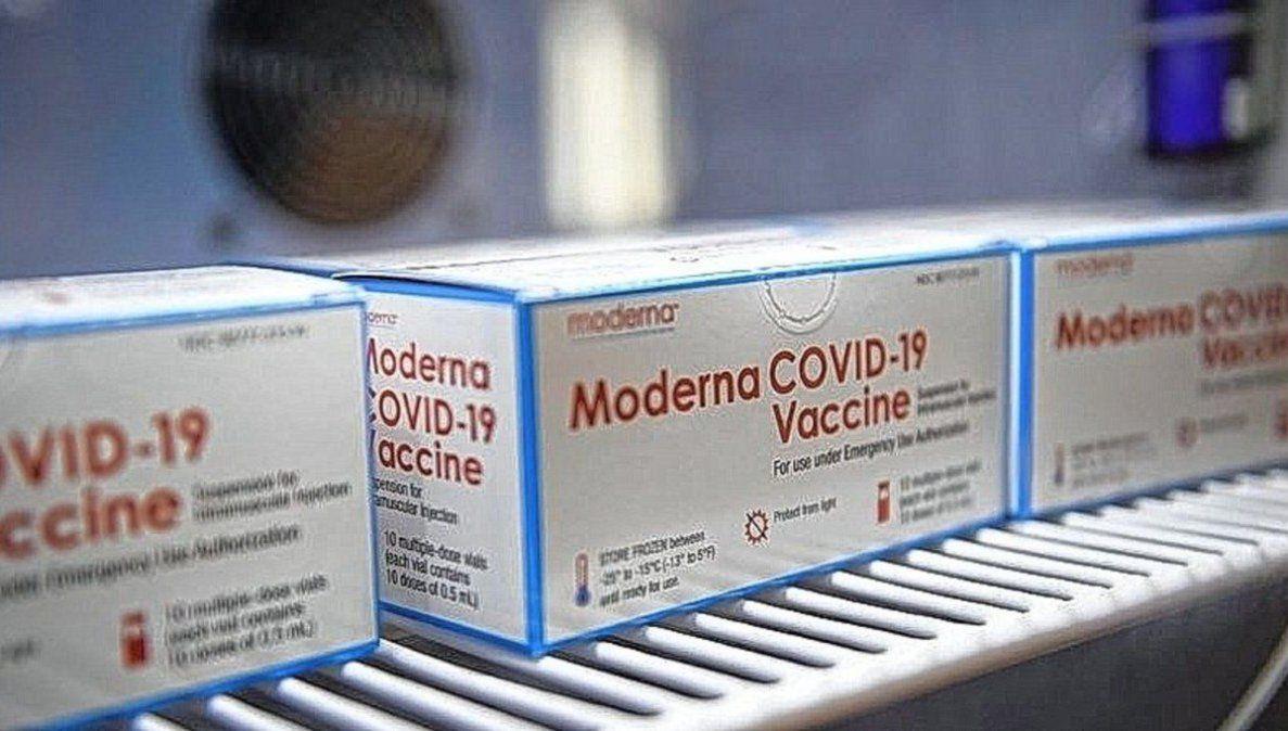 Vacunación en menores: cómo será la distribución de Moderna