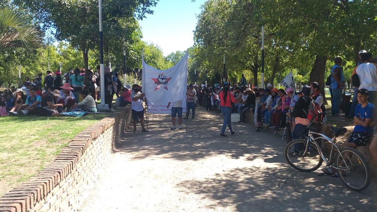 Tercera marcha en Ezeiza para pedir justicia por los femicidios.