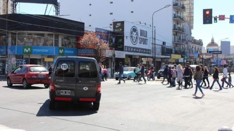 Día del empleado de comercio: ¿Qué locales se encuentran abiertos hoy en Lomas?