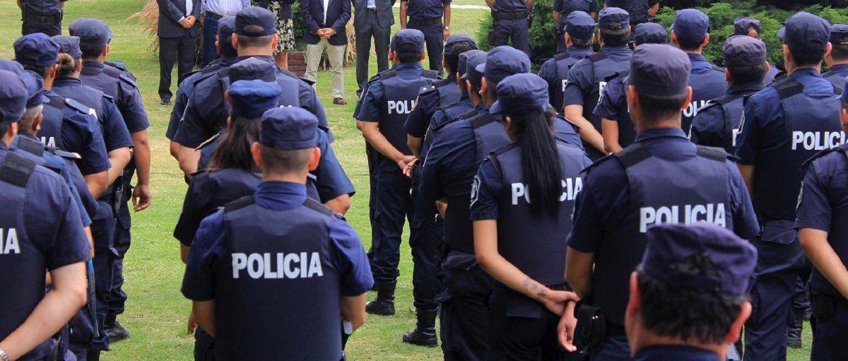 Policías en la mira: en la región hubo 17 efectivos desafectados por violencia de género