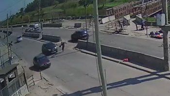 Robó, intentó escapar y lo atropelló un auto en Lomas de Zamora
