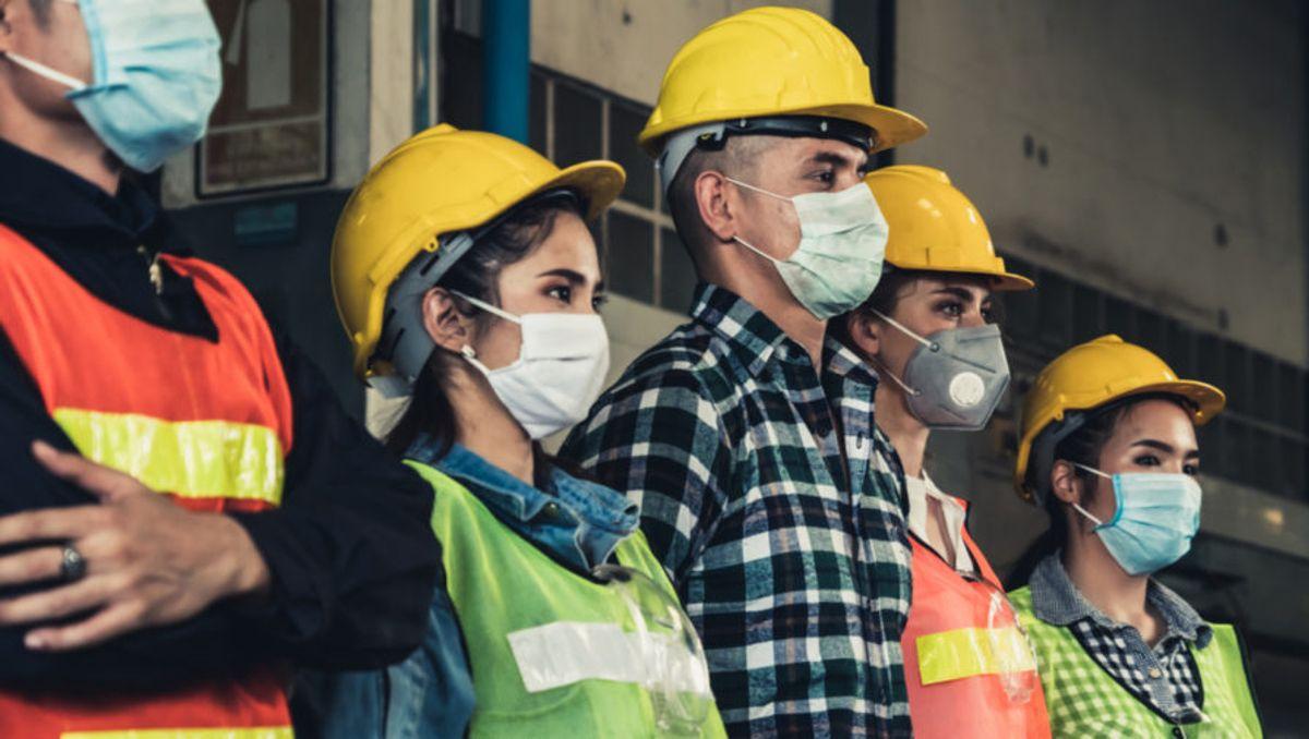 El gobierno apunta a reconvertir planes sociales en trabajo directo