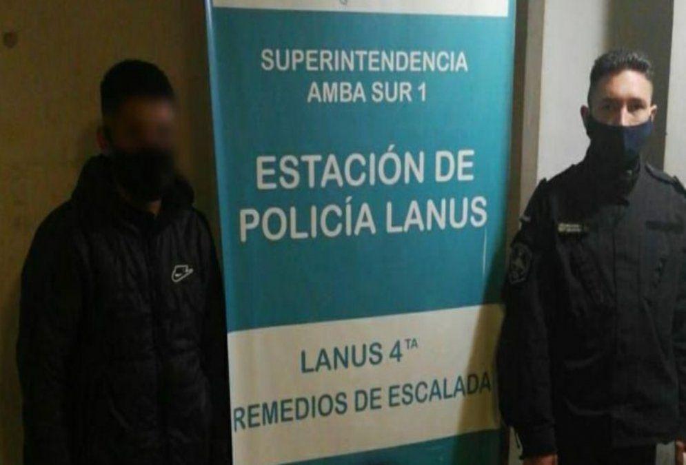 Imagen de uno de los detenidos en la comisaría N°4 de Remedios de Escalada.