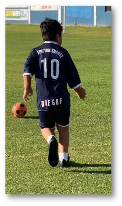 El hijo de Diego Maradona hizo su debut en Tristán Suárez