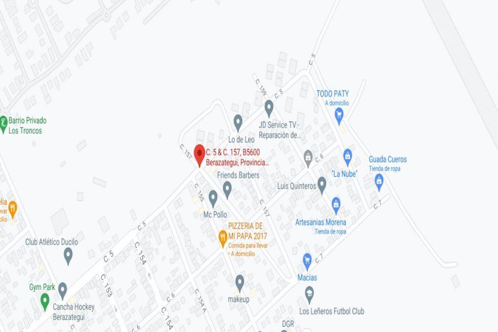 El patrullero fue desvalijado en un barrio de monoblocks ubicado en el cruce de las calles 156 y 5 de Berazategui.
