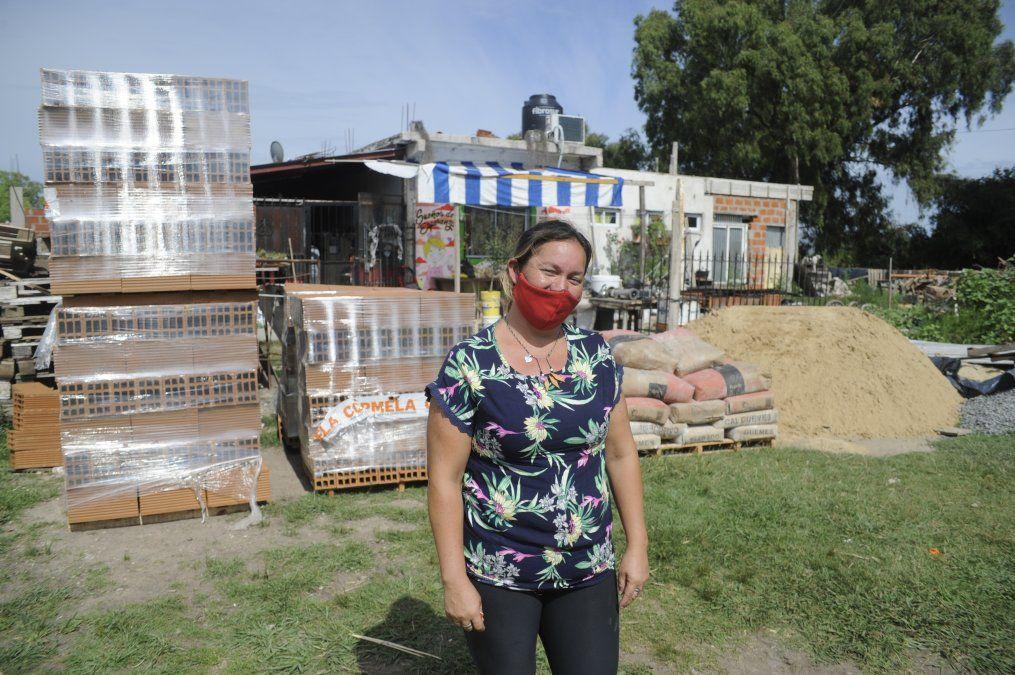 El Municipio de Esteban Echeverría asistió a un comedor y a vecinos con problemas de vista