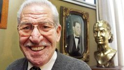 Grindetti le hará un homenaje a Manuel Quindimil en Lanús