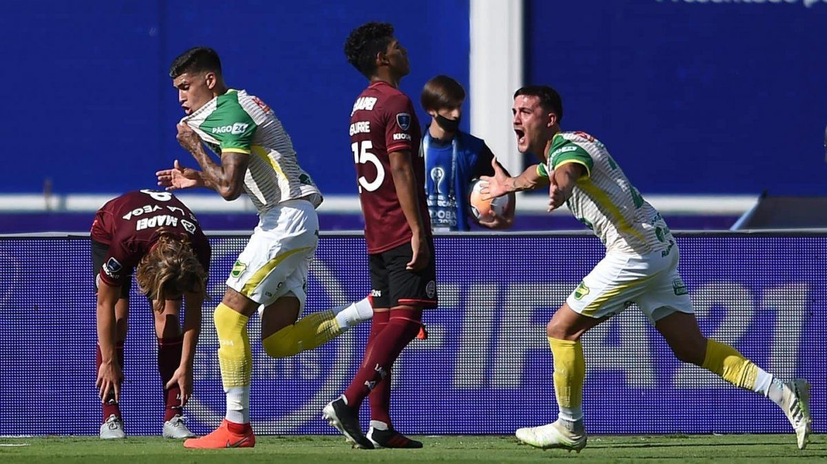 Lanús fue goleado en la final: el campeón es Defensa y Justicia