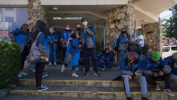 Axel Kicillof anunció viajes de egresados gratis para 220 mil jóvenes del secundario