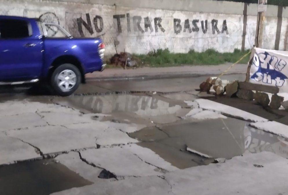 Así se encuentra la avenida Coronel Lynch entre Camino General Belgrano y Burelas, Monte Chingolo, Lanús Este,