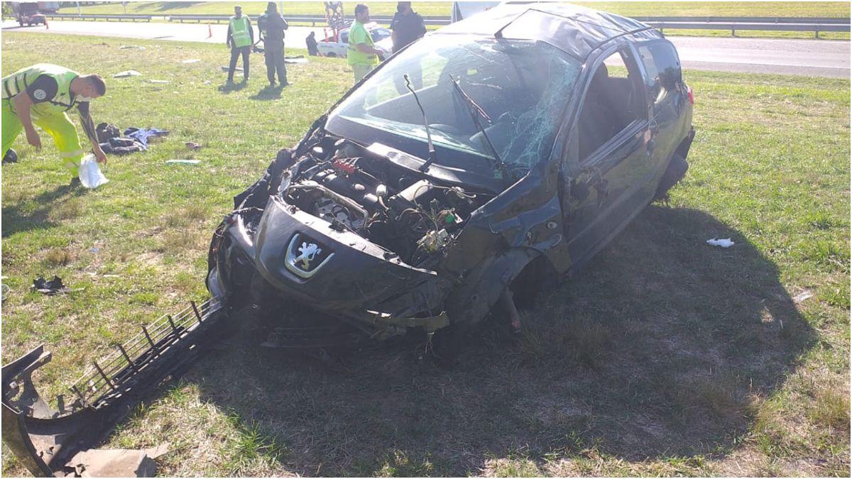 Otro violento accidente en la autopista Ezeiza-Cañuelas.