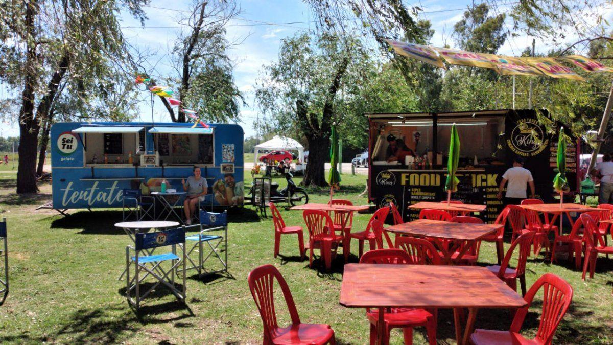 Foodtrucks en la laguna de San Vicente