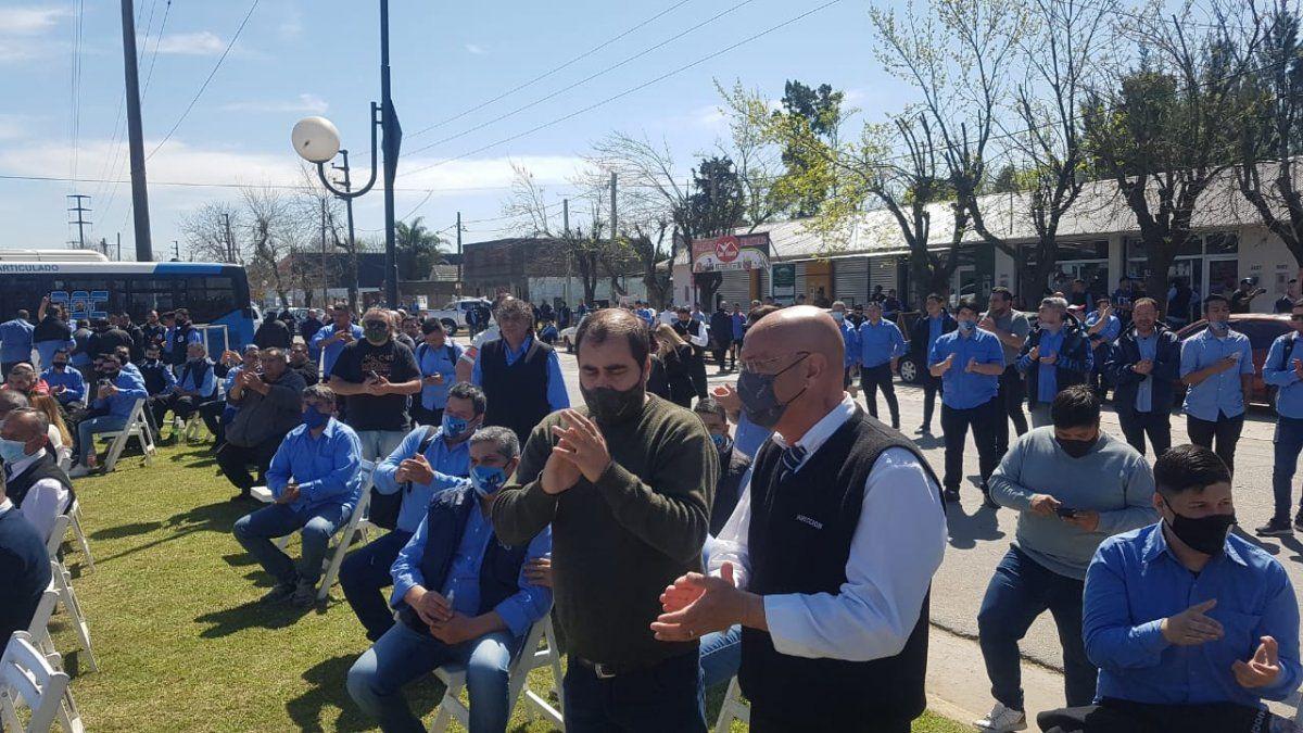 Presentaron colectivos con cámaras de seguridad en San Vicente