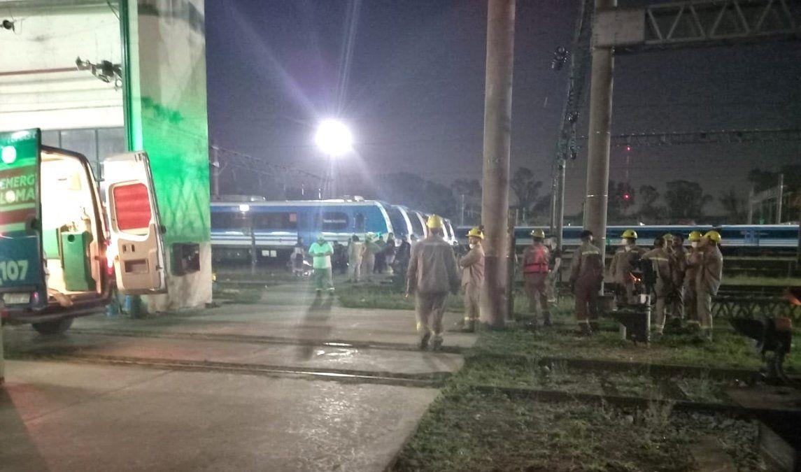 Dos electrocutados en la estación Llavallol: son empleados del Tren Roca