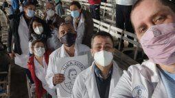 homenajearon al personal del hospital evita de lanus en el partido de argentina