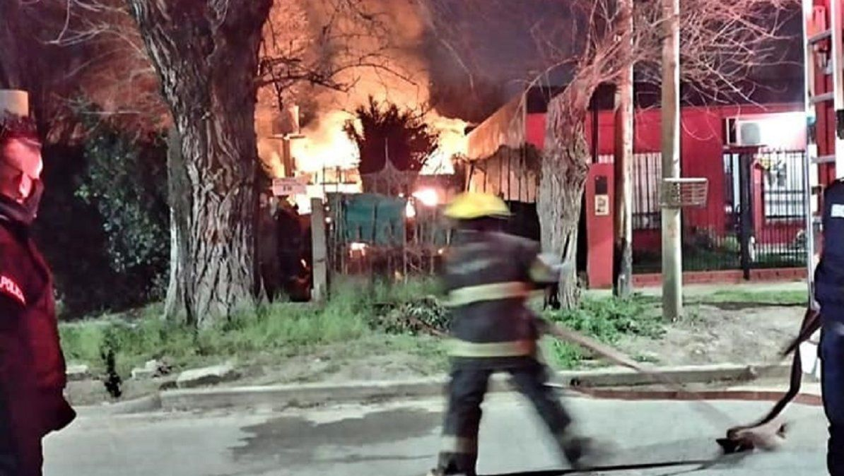 Incendio en Burzaco