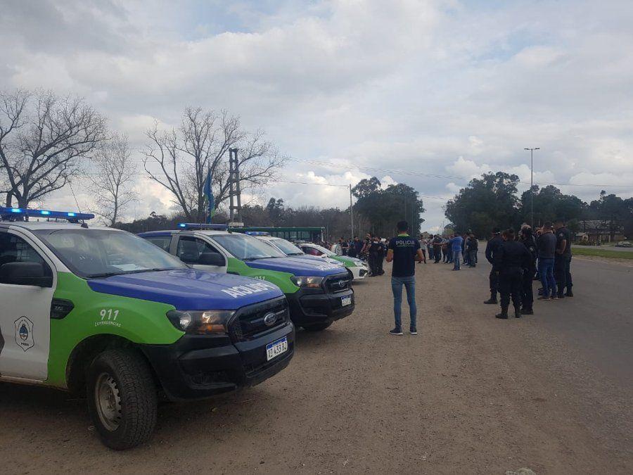 Policías desafectados por las protestas: la situación de San Vicente y Alejandro Korn