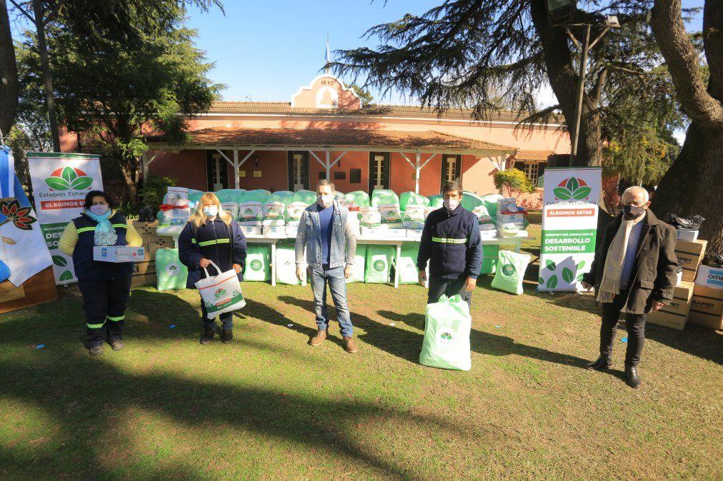 Entregaron kits de trabajo a recuperadores urbanos de Echeverría
