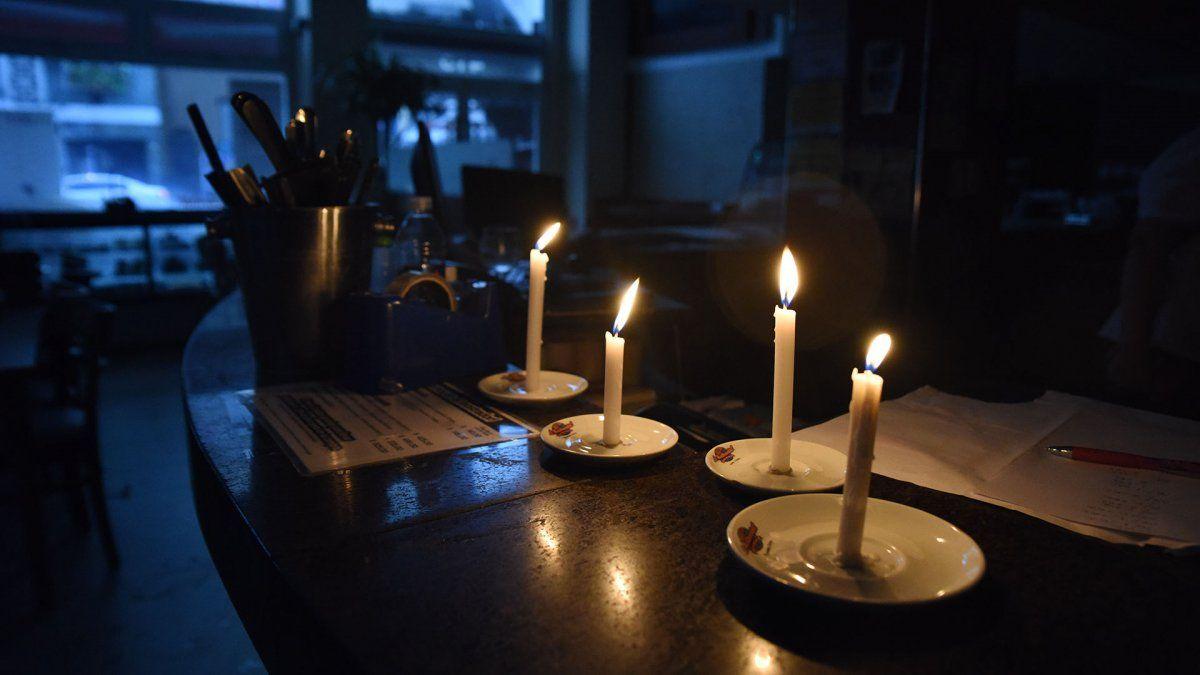 Gran corte de luz en Burzaco: miles de vecinos afectados