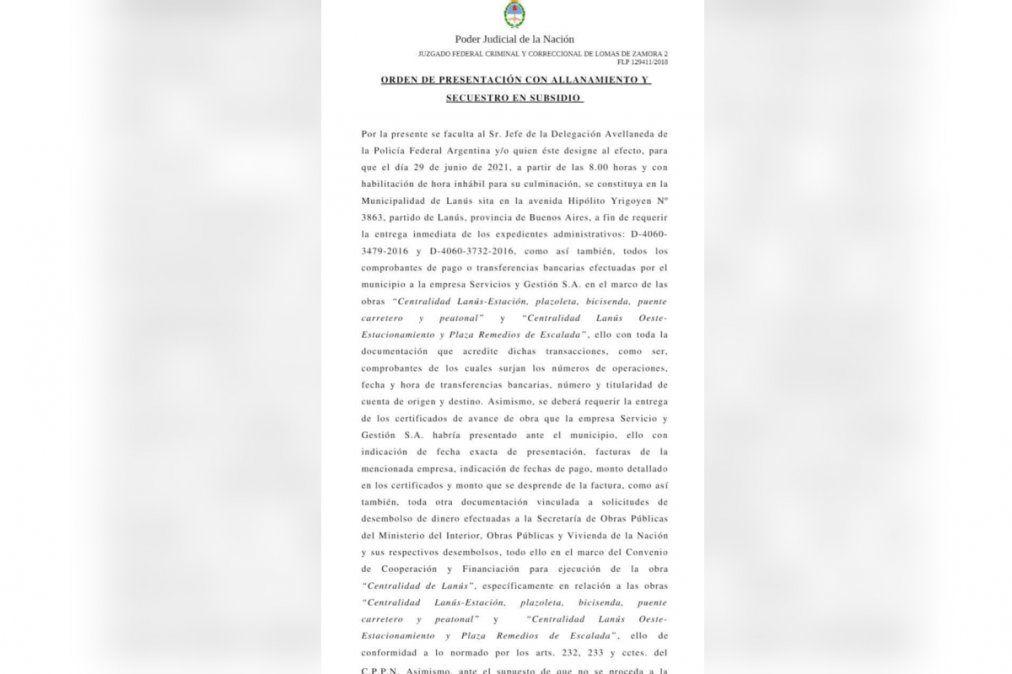 La orden de allanamiento en el Municipio de Lanús.