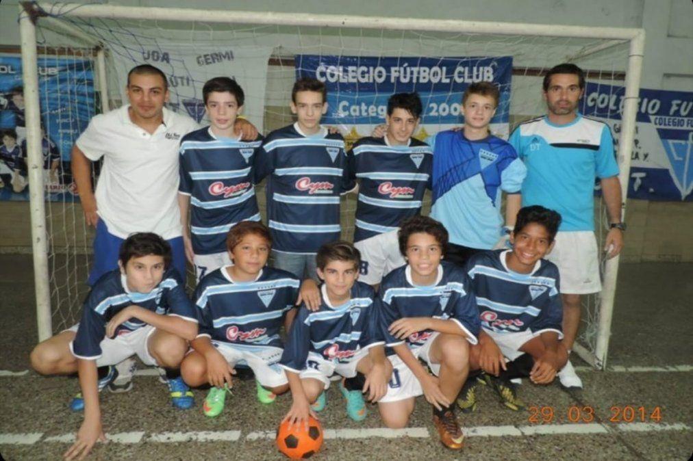 Lautaro Ríos también supo ser campeón jugando para Colegio Fútbol Club.