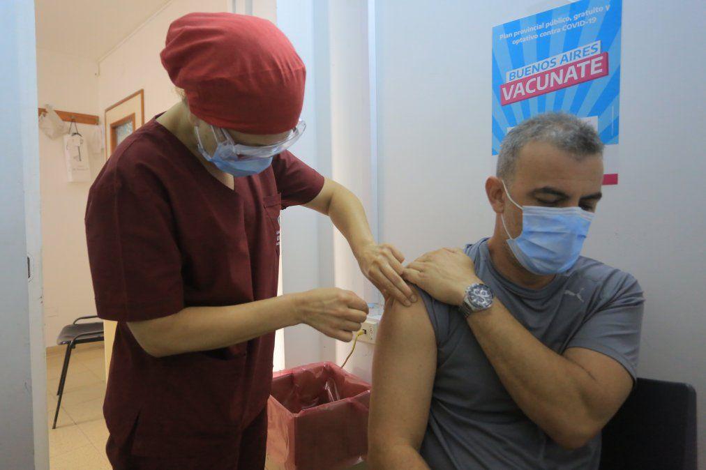 Esteban Echeverría: empezaron a aplicar la segunda dósis de vacunas contra el coronavirus.