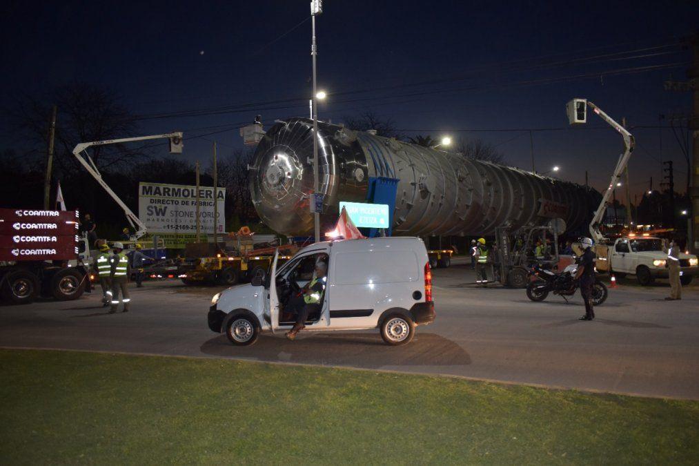 Canning: Operativo para trasladar un tanque hasta Avellaneda