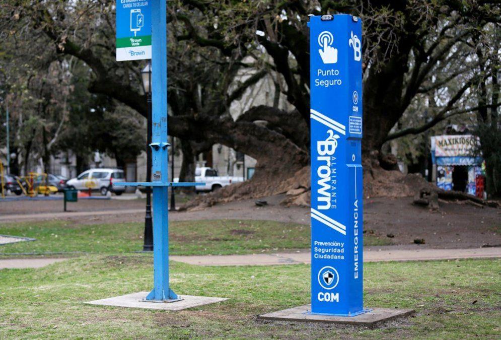 La plaza General Belgrano de Burzaco, en Almirante Brown, cuenta con un dispositivo de