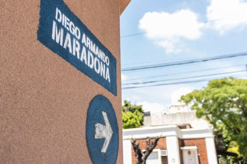 Una calle de Lanús pasó a llamarse Diego Maradona
