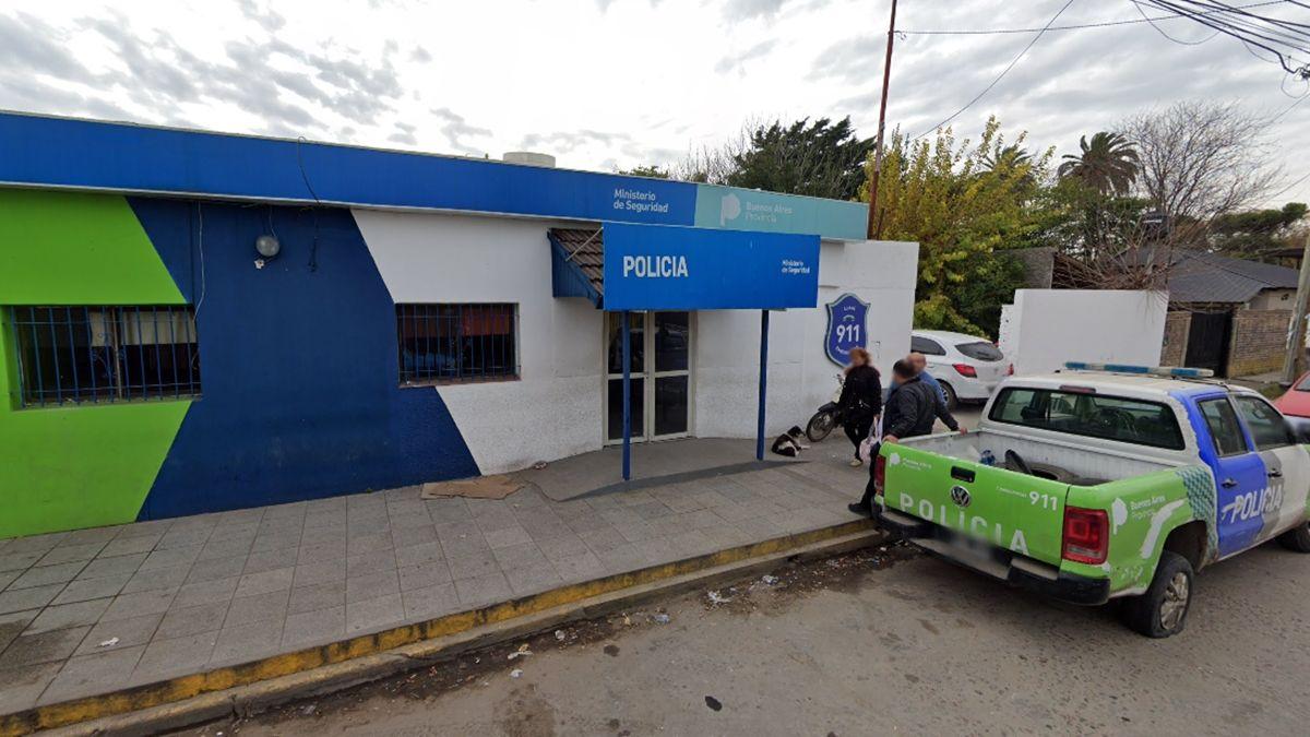 Efectivos de la Comisaría 7ª de Glew arrestaron a los tres gendarmes.