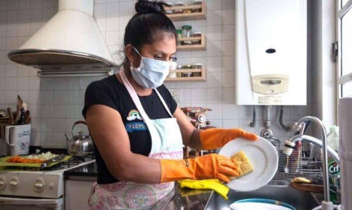 empleadas domesticas: anses otorga beneficios de hasta $21.445