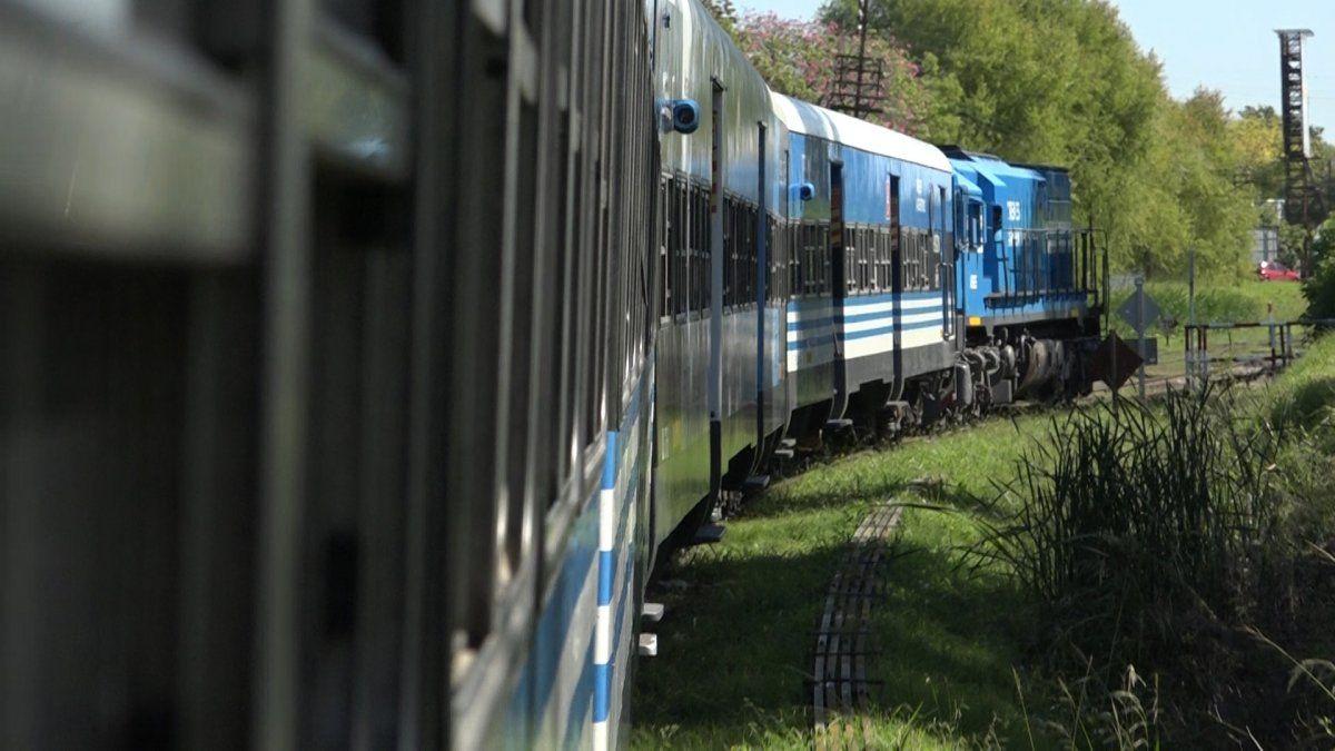 El regreso del tren fantasma: volvió el ramal Temperley-Haedo después de un año y medio