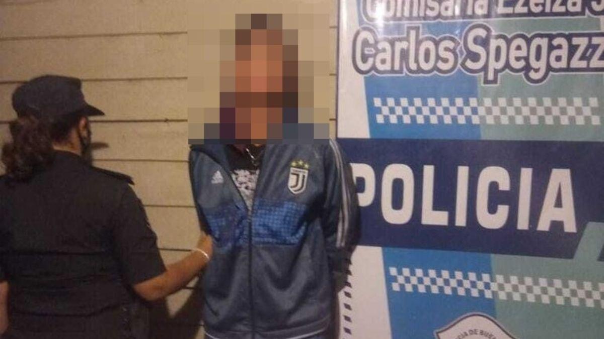 Ezeiza: robaba en casas y fue detenido con drogas.