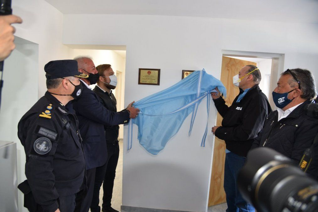 El Ministro de Seguridad inaugurando una de las direcciones de Ezeiza.