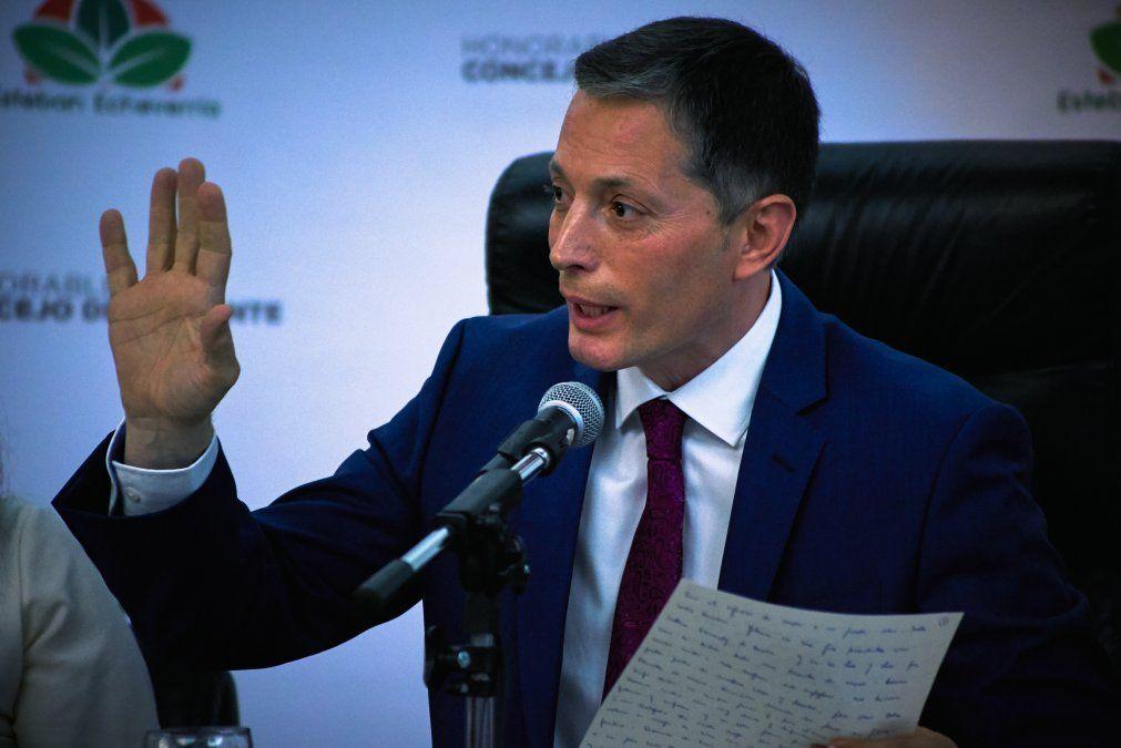Fernando Gray: Hay que revisar el contrato con Edesur