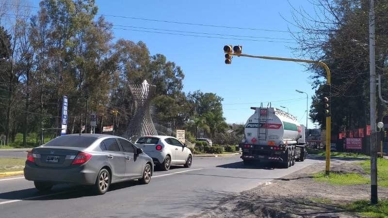 Canning: Adiós a los semáforos en la Rotonda de Lacarra
