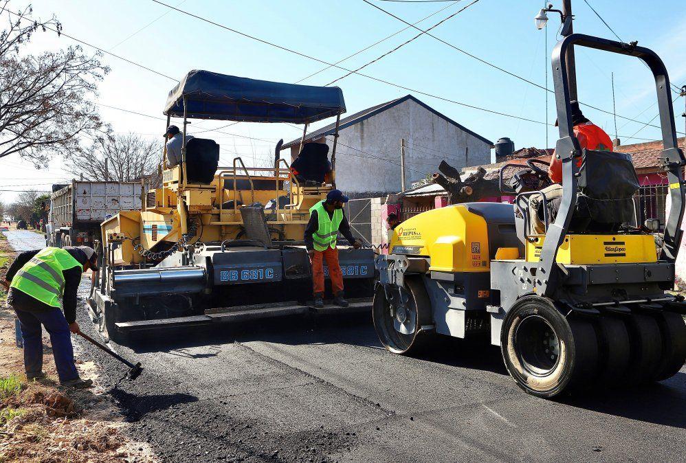 Nuevas obras de asfalto en Monte Grande y El Jagüel