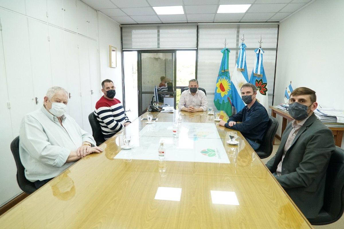 Reunión de Fernando Gray con dos empresas que se instalarán en Esteban Echeverría