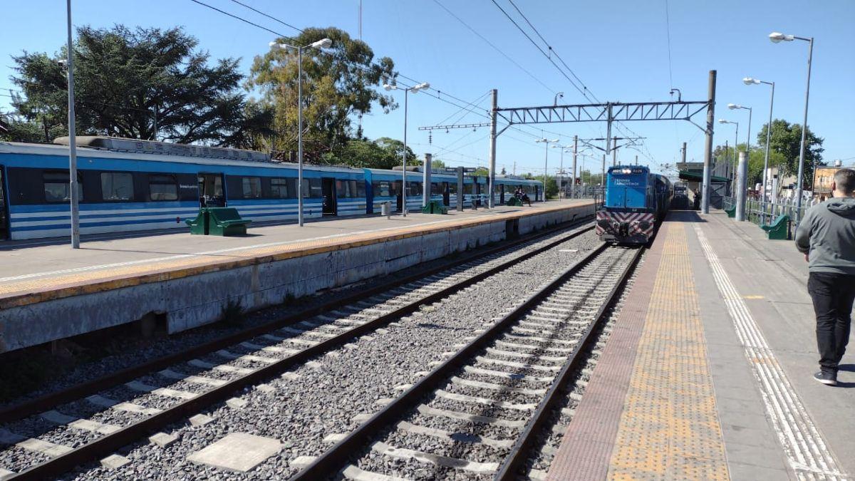 estacion de alejandro korn: un hombre murio atropellado por el tren